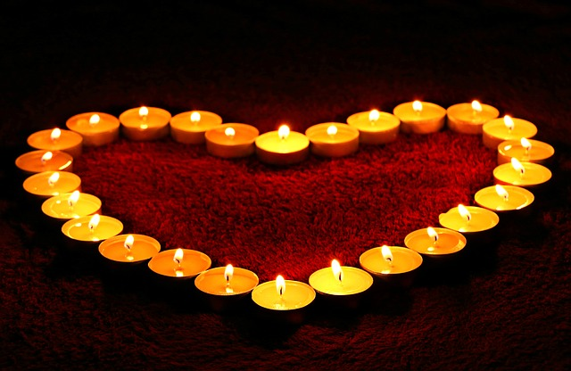 candles-1645551_640